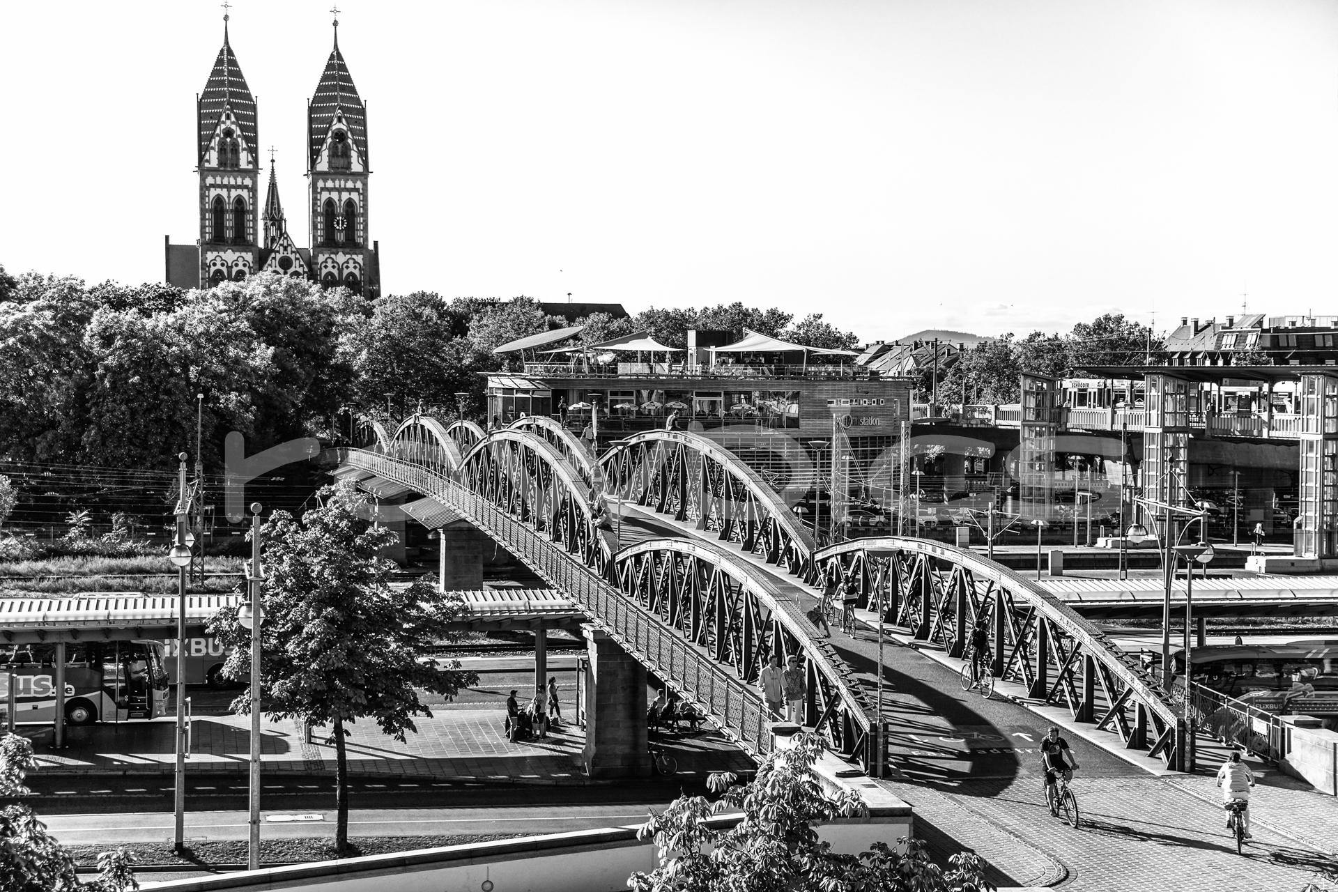 Freiburg blaue Brücke